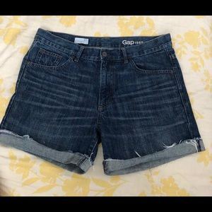 Gap 1969 sexy boyfriend shorts